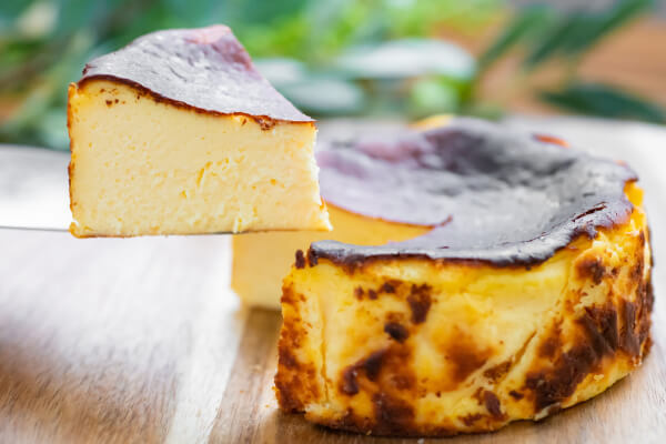 【テイクアウトメニュー♥】結婚式場のパティシエが考案したチーズケーキがテイクアウト可能に♥